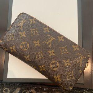 LV zippy wallet!